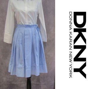 DKNY Blue Paper Bag Waist Pleated Skirt Size 6
